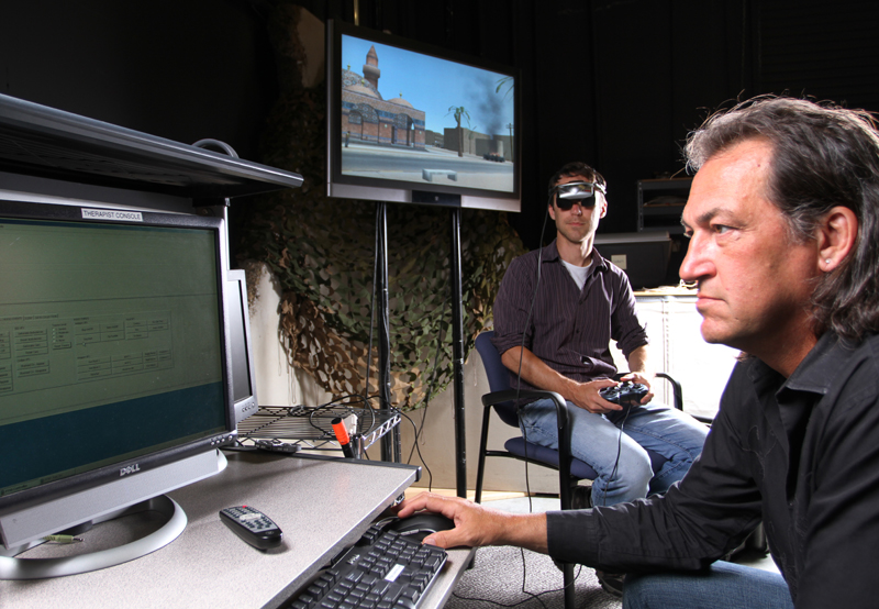 Skip Rizzo and computer monitor